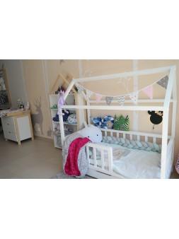 Łóżko domek 160 X 80cm