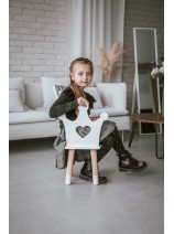 drewniane meble dla dziewczynki